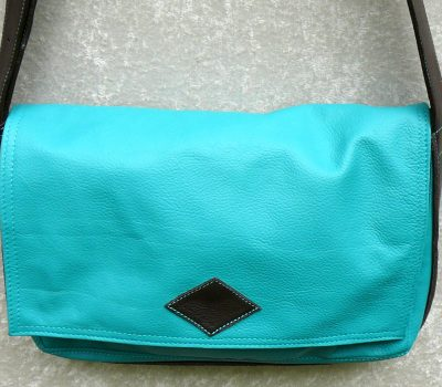 Alice Angevin, Les Sacs à M'Alice Besace Bleu Turquoise, moka vachettes