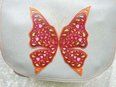Alice Angevin, Les Sacs à M'Alice Découpe papillon Besace