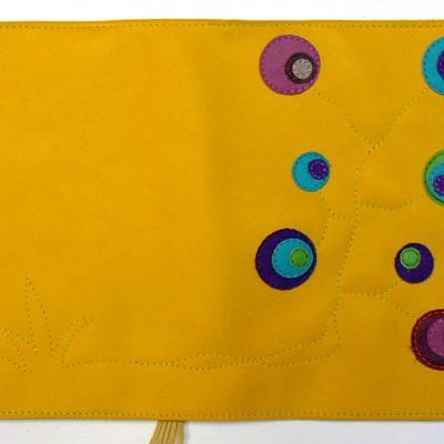 Alice Angevin, Les Sacs à M'Alice Liseuse jaune pastilles